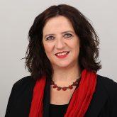 Dr-Anja-Zimmer-Portrait_255_quadrat_klein